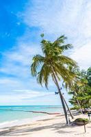 belle plage tropicale