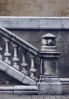 L'architecture des escaliers dans la rue dans la ville de Bilbao, Espagne photo
