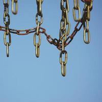 un équipement de sport en filet de chaîne métallique