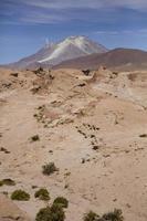 Volcan Licancabur à reserva nacional de faune andina eduardo avaroa en bolivie