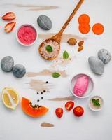 produits de soin bio colorés