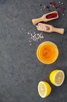 ingrédients de la vinaigrette au citron