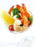 crevettes dans un verre