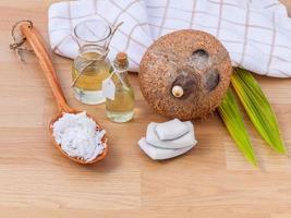 articles de spa à la noix de coco photo