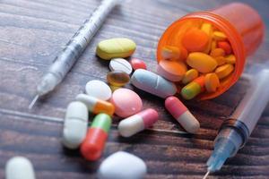 pilules et seringues photo