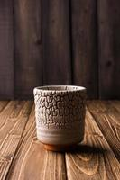 petit pot en céramique gris photo