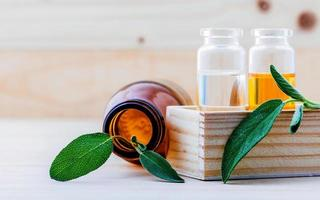 concept d'huile essentielle de sauge