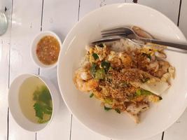 vue de dessus d'un plat thaï