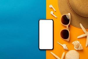 maquette de téléphone d'été photo