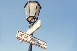 panneaux de signalisation pour les attractions touristiques