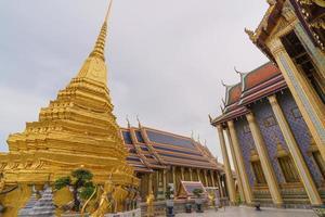 Temple Wat Phra Kaew en Thaïlande photo