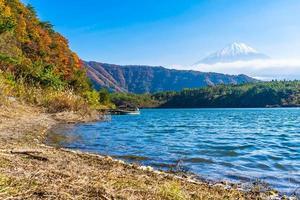 mt. Fuji avec à Yamanashi, Japon photo