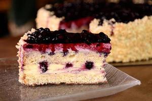 morceau de gâteau aux bleuets