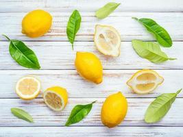 mise à plat de citrons photo
