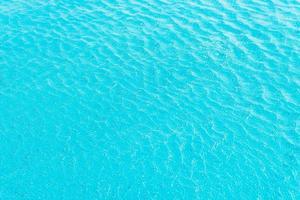 fond de l'eau de piscine