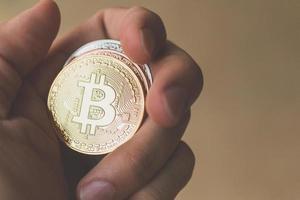 pièces de monnaie bitcoin, concept de monnaie numérique photo