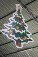 grande décoration de sapin de Noël photo