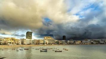 Paysage de la ville de la ville de las palmas, gran canaria photo