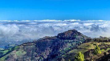 montagnes de l'île de gran canaria photo