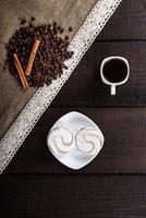 café noir aux grains et cannelle