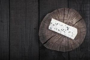 fromage blanc à la moisissure verte photo