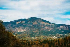 montagnes des alpes en slovénie
