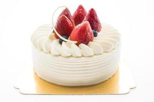 gâteau à la crème vanille avec fraise sur le dessus