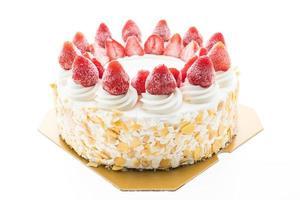 gâteau à la crème glacée à la vanille avec fraise sur le dessus