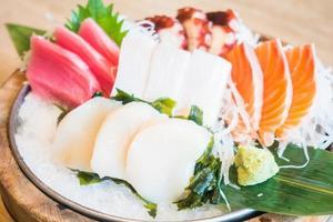 sashimi frais cru