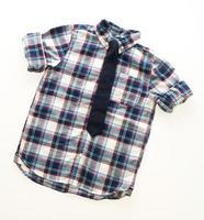 chemise de mode avec cravate au cou photo