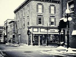 Québec, Canada janvier 2020- vitrines au coin de la rue