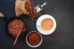 vue de dessus d & # 39; une tasse de café frais