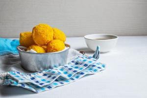 boules de fromage frit photo