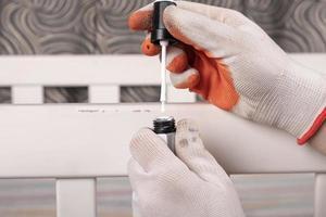 réparer la peinture sur un berceau photo