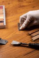 restauration de stratifié rayé photo