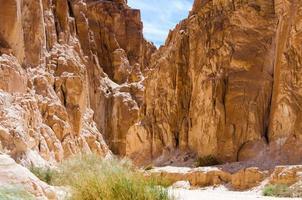 hautes falaises de pierre photo