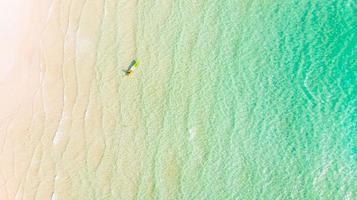 vue aérienne de la mer photo