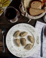 zeri national gyurza avec viande hachée frite