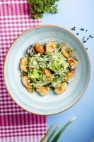 salade de légumes aux pépites frites