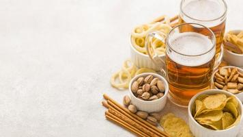 arrangement de collations à la bière à angle élevé