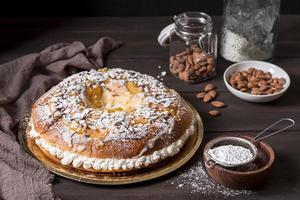 desserts du jour de l'épiphanie à angle élevé