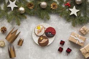 cadeaux de couronnes de dessert épiphanie maison photo