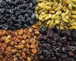 collection de divers raisins secs photo