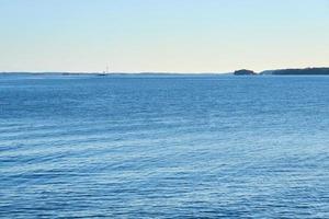 eau bleue et ciel photo