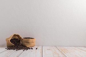 aime boire du café pour l'énergie photo