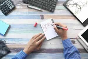 homme, écriture, objectifs, dans, a, cahier photo