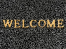 un tapis de bienvenue qui dit bienvenue