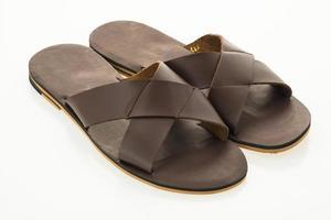 sandales en cuir pour hommes et chaussures à tongs photo
