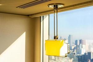 décoration de lampe lumineuse dans la chambre photo