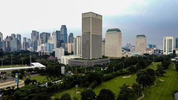 Jakarta, Indonésie 2021- vue aérienne des bâtiments de la ville de Jakarta photo